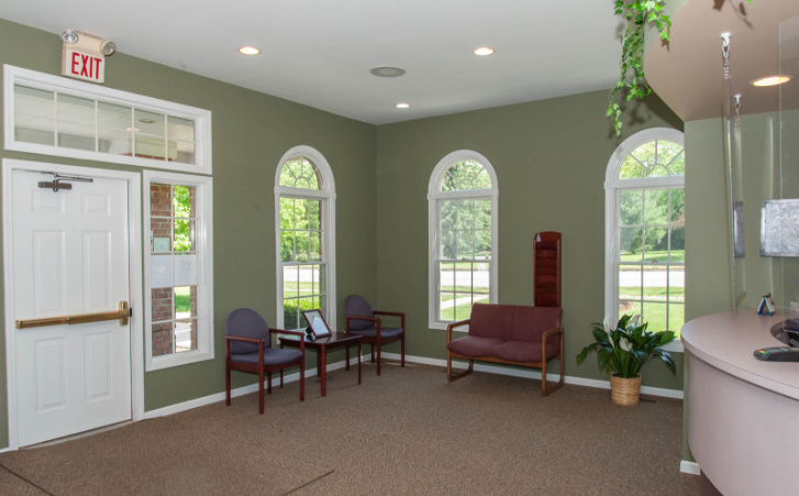 office-waiting-room-01